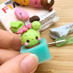 Hi there💕🌷🐝 Here is just WIP picture of my cactus cupcake😆💖 I probably won't post often from now on because school is going to start in like 6 days and I'm terrified🙃 because I'm a freshman😑💕 Byeee👋🌸 Polymer Clay Kunst, Polymer Clay Kawaii, Fimo Clay, Polymer Clay Charms, Polymer Clay Projects, Polymer Clay Creations, Clay Crafts, Handmade Polymer Clay, Cactus Cupcakes