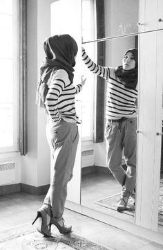 the beautiful designer Hana tajima Simpson Muslim Women Fashion, Modest Fashion, Fashion Pants, Love Fashion, Fashion Design, Wear To Class, Hijab Style Tutorial, Conservative Fashion, Modern Hijab