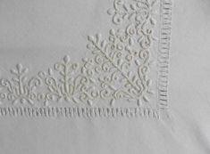 Komádi terítő Hobbit, Folk Art, Quilting, Cross Stitch, Embroidery, Crossstitch, Scraps Quilt, Punto Croce, Drawn Thread