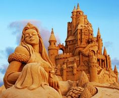 this is one kool sand castle....