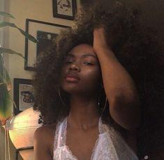 sexy nude fur melanin ebenholz weiblich