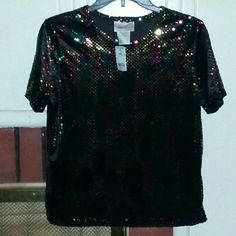 Women's blouse Women's blouse new never been worn still has tags Kathy lee Tops Blouses