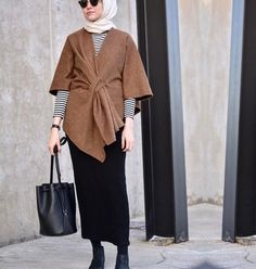 Muslim Fashion, Modest Fashion, Hijab Fashion, Fashion Outfits, Fashion Ideas, Casual Hijab Outfit, Hijab Chic, Hijab Style Dress, Hijab Collection