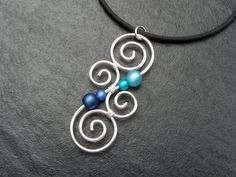 Meaningful Necklace LUMINATE with Polarisbeads by ArohaJewelz