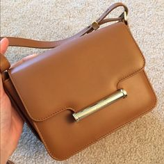 Jason Wu Diane (brand new) Shoulder Bag The Diane crossbody bag embodies modern femininity, and Jason's signature gold hardware adds polish and utilitarian edge. Jason Wu Bags Crossbody Bags