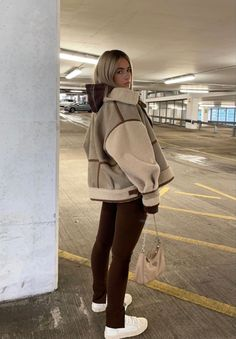 Mode Outfits, Retro Outfits, Cute Casual Outfits, Winter Fashion Outfits, Fall Winter Outfits, Look Fashion, 2000s Fashion, Cute Fashion, Aesthetic Fashion