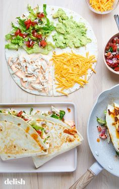 Chicken Tortilla Wraps, Chicken Wrap Recipes, Healthy Tortilla, Cooking Recipes, Healthy Recipes, Breakfast Lunch Dinner, Food Hacks, Kids Meals, Mexican Food Recipes