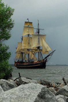 Cool Pictures, Cool Photos, Maine, Bateau Pirate, Old Sailing Ships, Naval, Refuge, Canoe Trip, Ice Climbing