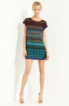 Missoni Cap Sleeve Tunic - so cute but crazy expensive Conservative Outfits, Glamorous Evening Gowns, Textiles, Cap Dress, Knit Dress, Crochet Dresses, Street Style, Sewing Clothes, Nordstrom Dresses