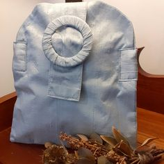 Raw silk clutch bag. Clutch Bag, Therapy, Silk, Hats, Accessories, Hat, Clutch Bags, Healing, Counseling