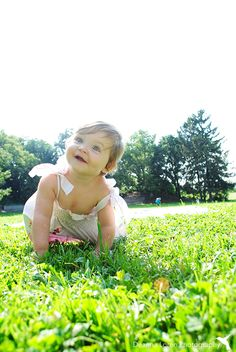 1-year-old photo shoot ideas | Sunny pictures in the park | Cleveland, Ohio Metroparks