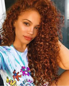 Excellent Absolutely Free Auburn Hair on black women Tips If you have considere., Excellent Absolutely Free Auburn Hair on black women Tips If you have considere., Si tu cabello ze encrespa disadvantage facilidad y. Colored Curly Hair, Black Curly Hair, Wavy Hair, Dyed Curly Hair, Curly Hair Colours, Colored Natural Hair, Black Girl Red Hair, 50 Hair, Short Hair