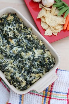 Super Easy Artichoke Spinach Dip (perfect for the Superbowl!)