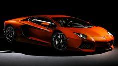 1台4000万円のランボルギーニ・アヴェンタドールをドバイ警察がパトカーに採用 - GIGAZINE