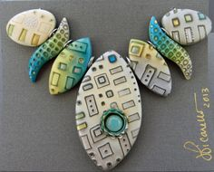 Julie Picarello's color and design elements are wonderful! http://www.yhdesigns.com/images/GlacierSet.jpg