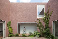 Extrastudio's Three Courtyard House