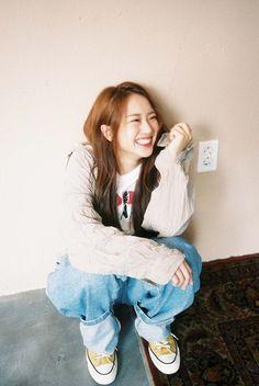KRIESHA TIU (@KrieshaChu_) | Twitter Korean K Pop, Cute Korean, Kriesha Tiu, Kpop Girl Groups, Kpop Girls, Urban Words, Ailee, Korean Outfits, Ulzzang Girl
