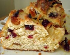 Yummy by Emmy: Cranberry-Orange Sweet Bread Mexican Sweet Breads, Bread Recipes, Cooking Recipes, Easy Recipes, Argentina Food, Crazy Cakes, Sweets Cake, Christmas Baking, Sweet Tooth