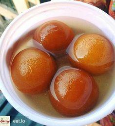 Double Tap if you want to have all four of them Golus..  Via @eat.lo -  Gulab jamun .  Credits : Kamaljeet Singh #Foodiye #indianfoodiye #MumbaiFoodiye #IncredibleIndia #midnightMunchies #Cravings #sweet #dessert #dessertporn #Pakistan #India #nepal #NewYorkbrunch #Mumbai #Delhi #chennai #london #Paris .  Follow  @Mumbai_Foodiye  Follow  @Indian_Foodiye   Tag THREE friends to make them miss this  -