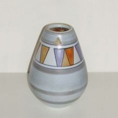 Located using retrostart.com > Athene Vase by Unknown Designer for Flora Gouda