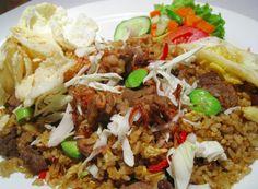Nasi Goreng di Denpasar. #food #foodinbali #bali #kuliner #koolinerindo #foodpic #awesome #pic #website #startup #wisatakuliner #kulinerbali #nasigoreng