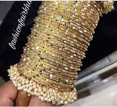 Indian Gold Jewelry Near Me Product Indian Wedding Jewelry, Indian Jewelry, Stylish Jewelry, Fashion Jewelry, Bridal Bangles, Bollywood Jewelry, Gold Earrings Designs, Girls Jewelry, Jewelry Accessories