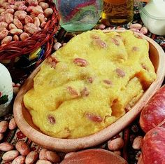 Polenta with Beans _ today we show you the recipe for polenta with beans, a typical Tuscan dishes, the recipe is quite simple in fact does not present any kind of difficulty.
