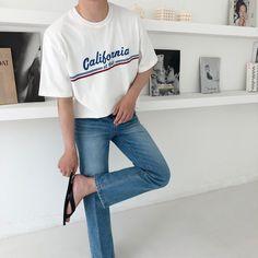 Korean Fashion Men, Urban Fashion, Mens Fashion, Korean Summer Outfits, Korean Shirts, Trendy Outfits, Fashion Outfits, Looks Style, Mens Clothing Styles