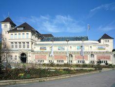 Zoo Aquarium Berlin,Fassade des Hauptgebaeudes mit Eingang Olof-Palme-Platz
