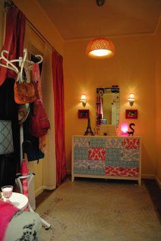 "Style Tips from the Designer: Shoshanna's Apartment on ""Girls"" ~ Crackerjack23"