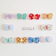 オーブントースターと材料があればすぐにできちゃうプラバンアクセサリー。大人がやっても楽しいと、最近話題ですよね。今回はお花モチーフなどの可愛いプラバンヘアゴムの作り方を紹介します。 Plastic Fou, Plastic Items, Plastic Jewelry, Resin Jewelry, Jewelry Crafts, Plastic Shrink Wrap, Shrink Paper, Shrink Art, Kawaii Gifts