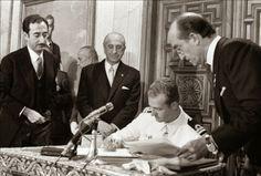 Búscame en el ciclo de la vida: Juan Carlos de Borbón acepta ser el sucesor de Fra...
