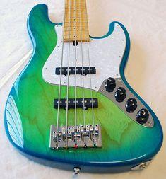 Mike Lull M5V Blue-Green Burst MN Bass