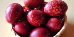 ΒΑΨΤΕ ΑΥΓΑ ΧΩΡΙΣ ΧΗΜΙΚΑ ΜΕ ΚΡΕΜΜΥΔΙ ΠΑΝΤΖΑΡΙ ΛΑΧΑΝΟ !!!! : Mpoufakos.com Easter Recipes, Easter Ideas, Greek Recipes, Easter Eggs, Food And Drink, Fruit, Crafts, Decor, Jars
