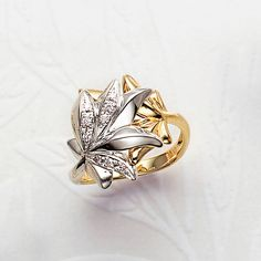 Gold Ring Designs, Platinum Ring, Photo Jewelry, Retro Fashion, Diamond Jewelry, Gold Rings, Jewelry Accessories, Perfume, Metal Ring