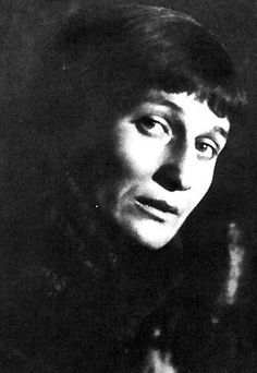 Anna Akhmatova(1889-1966) is one of Russia's powerful twentieth ... a928f81ae8d6