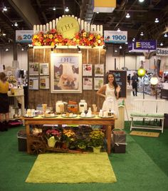 We love the Farmhouse Fresh line!  Look how cute their trade show booth is <3  They'll be at Kimberly Spa February 20th, so come on out!
