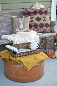 Fall porch - great ideas for fall porch decor!