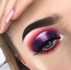 i wanna try a halo eye like this Glam Makeup, Makeup Inspo, Makeup Art, Makeup Inspiration, Makeup Tips, Beauty Makeup, Hair Makeup, Halo Eye Makeup, Makeup Ideas