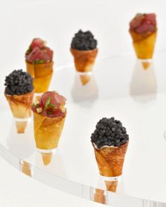 Weddbook ♥ Cute Mini Cones for coctails. Wedding cocktail party appetizer ideas. Bridal / wedding shower, tea party, birthday snack ideas. appetizer snack