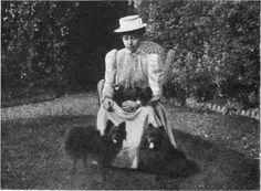 H.H. Princess Duleep-Singh with her toy Pomeranians