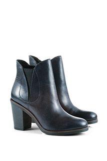 Esprit: Chelsea Boots Nr. 095EK1W073