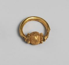Gold ring Period: Classical Date: 4th–3rd century B.C. Culture: Etruscan Medium: Gold Dimensions: Diam.: 15/16 in. (2.4 cm)