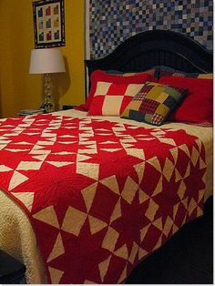 love this red and white quilt