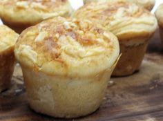 Muffin de Parmes�o - Veja mais em: http://www.cybercook.com.br/receita-de-muffin-de-parmesao.html?codigo=13894