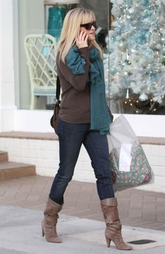 Reese Witherspoon in J Brand.