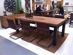 Wie findet Ihr den neuen Holzfarbton Old bassano? Ein schöner dunkler Holzfarbton für Balkeneiche!
