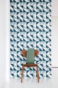 Papier peint Remix 1 lé / Larg 53 cm Bleu pétrole, vert & blanc cassé - Ferm Living