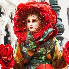 Carnival of Venice Carnival Of Venice, Amazing Red, Jigsaw Puzzles, Halloween, Painting, Youtube, Art, Carnival, Venice
