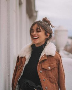 fall jacket with sherpa collar casual fall outfit winter outfit style outfi Casual Fall Outfits, Fall Winter Outfits, Autumn Winter Fashion, Winter Fashion Tumblr, Autumn Tumblr, Fall Fashion, Autumn Fall, Dress Casual, Mode Outfits